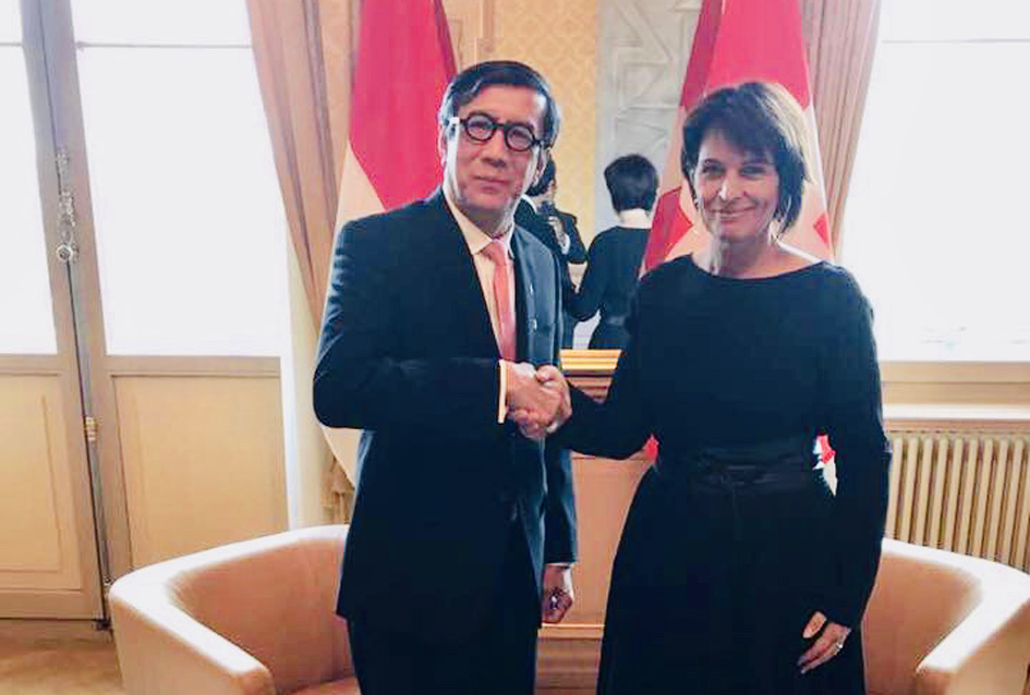 Kunjungan kehormatan ke Presiden Swiss, H.E. Mrs. Doris Leuthard, 2017.