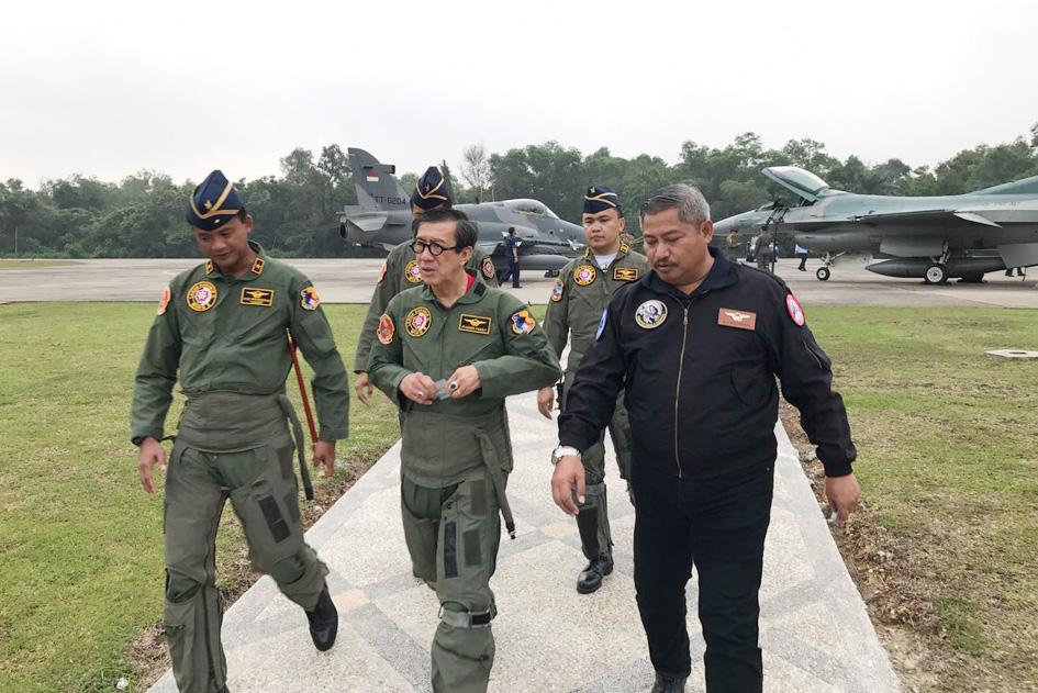 Berkunjung di Pangkalan Udara Roesmin Nurjadin, Pekanbaru.